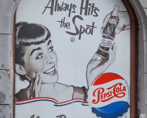 how billboard advertising started
